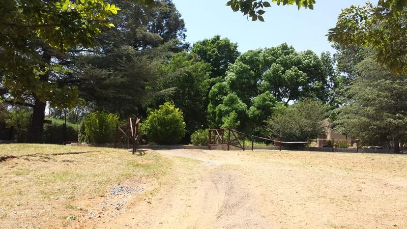 Smallholding  For Sale in Frankfort, Frankfort