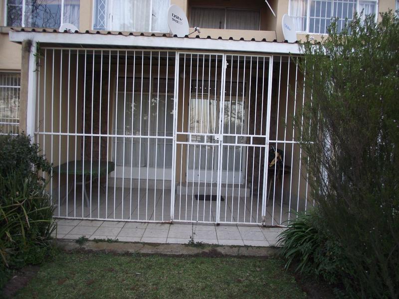 Apartment / Flat For Sale in Deneysville, Deneysville