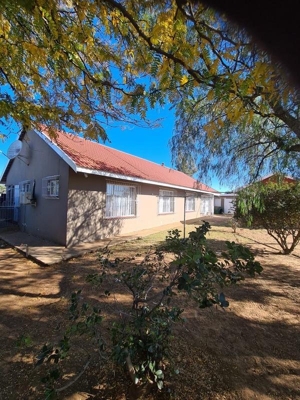 Property For Sale in Deneysville, Deneysville 13